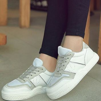 New White Round Toe Flat Cross Strap Casual Ankle Shoes