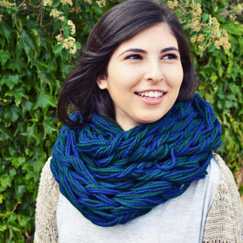 Hand Knit Chunky Vegan Green Blue Infinity Scarf, Soft Winter Warm Oversized Arm Knit