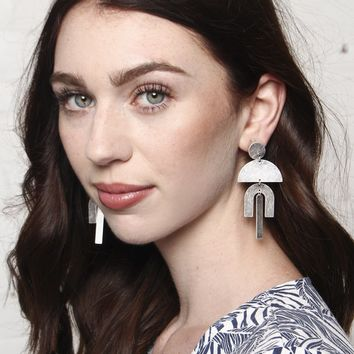 Geo Link Earrings - Antique Silver