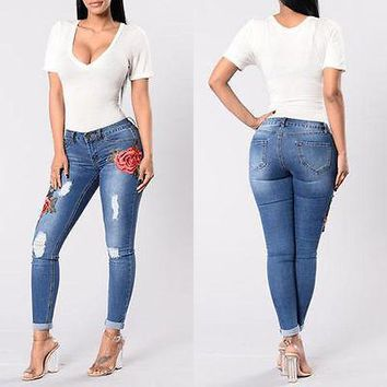 Women Embroidery Denim Skinny Ripped Floral Jeans
