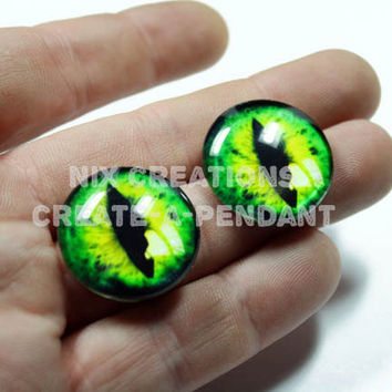 1 Handmade Set of Green Dragon Glass Eyes 24mm for Altered Art Jewelry