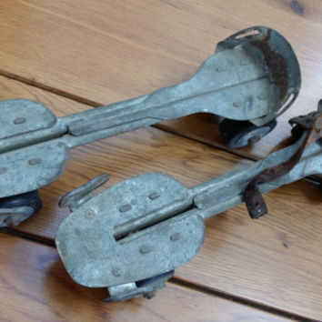 Pair of Vintage Union Hardware Metal Roller Skates Great Sports Retro Decor Man Cave Kids Room