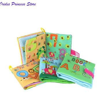 Baby Toys Soft Cloth Books Rustle Sound Infant Educational Stroller Rattle Toy Newborn Crib Bed Baby Toys 4 Style