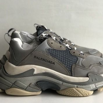 BALENCIAGA Triple S GREY Sneakers Trainers SIZE 39 UK 5 RARE