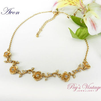 Lovely Vintage Gold Tone Flower/Rhinestone Necklace/Unique Avon Flower/Leaf Necklace/Choker