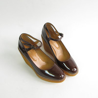 Vintage Brown Patent Leather Tall Platform Wedge Shoes . Size 40
