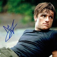 Josh Hutcherson 'Peeta' Hunger Games Signed 11x14 Photo Certified Authentic PSA/DNA