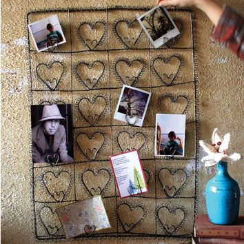 Wire Twenty-Four Heart Photo/Card Holder