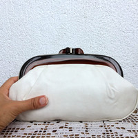 White Leather Cosmetic Bag with Lucite Frame, 80s Small Clutch, Toiletry Organizer, Make Up Case, Beauty Supplies Soft Pouch, Clutch Wallet