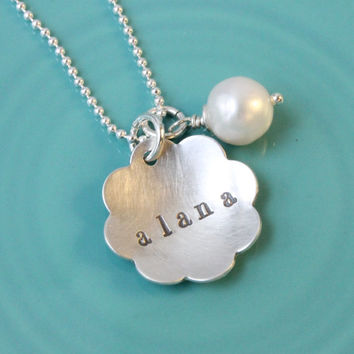 Flower name necklace - personalized - hand stamped - 925 sterling silver - freshwater pearl - gift for girl - new baby - mom - mommy jewelry