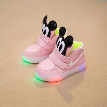 Children's shoes 2016 fashion LED light emitting Mickey children shoes boys girls sports shoes breathable baby toddler shoes