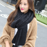 Dual-Use Knitted Shawl Scarf