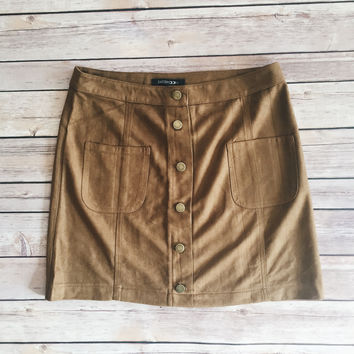 Olivia Button Front Skirt (Camel)