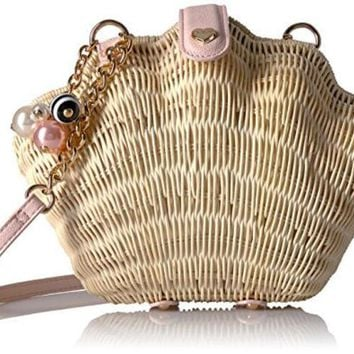 ONETOW BETSEY JOHNSON WHAT THE SHELL STRAW WICKER CROSSBODY, TAN