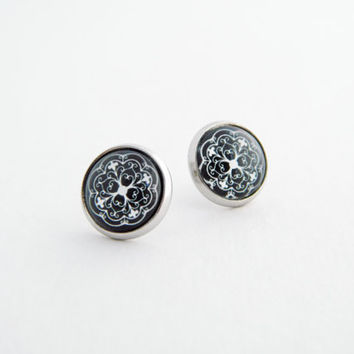 Large Stud Earrings / Black and White Earrings / Glass Cabochon / Ornamental / Geometric / 12mm / Fake Plugs