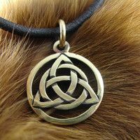 Triquetra Pendant, Trinity knot, Triquetra, Symbol, Celtic, Magic Jewelry, Triskele, Celtic Knot