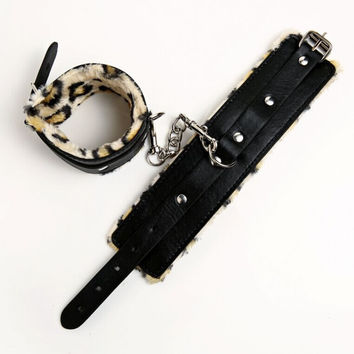 On Sale Hot Sale Hot Deal Toy Leather Metal Handcuffs [6628212227]