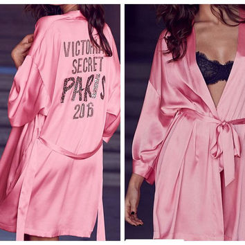 New Fashion Autumn Sexy Secret Women Pink Bathrobe Soft Silk Slip Satin Robes For Pajamas Party Diamond Feminino Night Gown Show