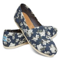 NAVY AND GREY FLORAL WOMEN'S CLASSICS