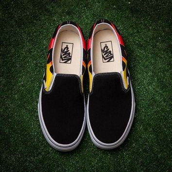 DCCKIG3 2017 Vans x Thrasher SLIP-ON PRO Casual Sneaker SP05