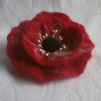 Poppy felt flower brooch,red flower poppy pins,felt brooch,white felt brooch flower poppy,felted brooch,wool hair clip,poppy accessories hat