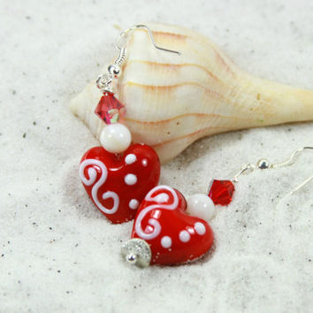 RED HEART - Beaded Earrings, Heart Earrings, Valentine gift, Red Earrings