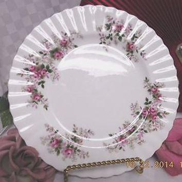Royal Albert England China dinnerware Lavender Rose Salad plate