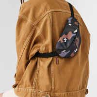 Eastpak Springer Camo Belt Bag | Urban Outfitters
