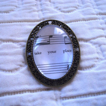 Les Miserables sheet music brooch (One Day More)