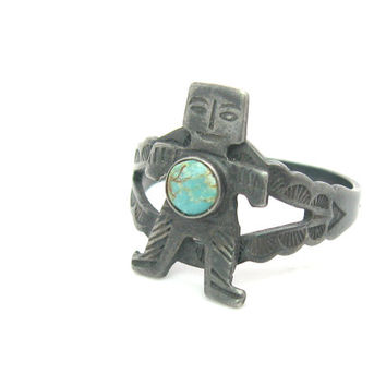 Native American Ring. Turquoise & Sterling Silver. Every Man, Symbol of Life. Hand Stamped Suns. Navajo Style. Vintage Fred Harvey Jewelry