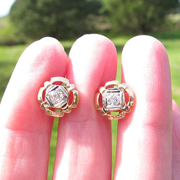 Old European Cut Diamond Stud Earrings, Fiery Old Cut Diamond, Lovely Art Deco Design and Details in Solid Gold