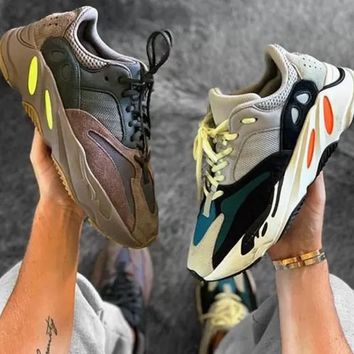 Adidas Yeezy 700 Runner Boost Classic Fashionable Women Men Running Sport Shoes Sneakers