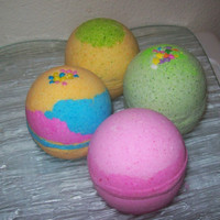 Half Dozen Giant 8 oz Bath Bomb Moisturizing Cocoa Butter Fizzies by SweetSensations21