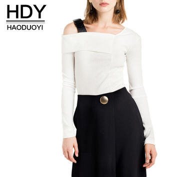 HDY Haoduoyi Sexy Street Long Sleeve Pullovers White Cold Shoulder Knitted Sweatshirt Solid One Shoulder Casual Sweatshirt