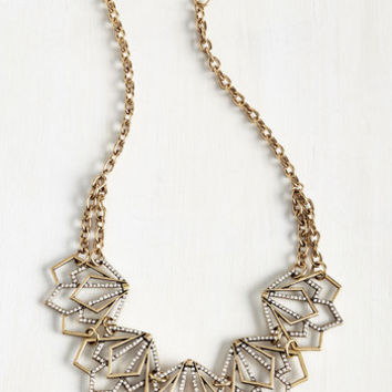 Smart Deco Necklace