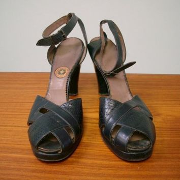 Vintage 1940s Navy Peep Toe Platform Ankle Strap Sandals, Gold Cross Shoes Reg. US Patent Office