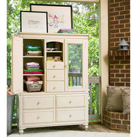 Magnolia's Second Closet in Linen