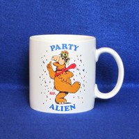 Vintage 1987 PARTY ALIEN ALF Funny Television Show Retro Amazing Coffee Mug Cup