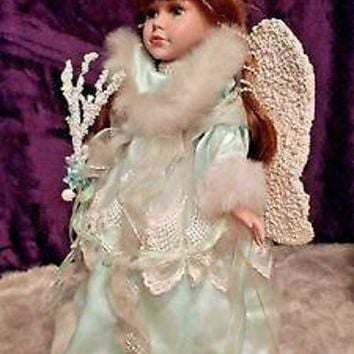 DAN DEE COLLECTOR'S CHOICE LIMITED EDITION PORCELAIN ANGEL DOLL