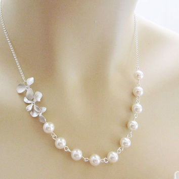 Wedding Jewelry Bridal Necklace Bridesmaid by earringsnation