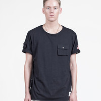 Cargo Pocket Tee in Black