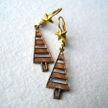 Pine Tree Earrings - Tree and Star Earrings - Tree Earrings - vintage metal tree charms - Woodland Fashion