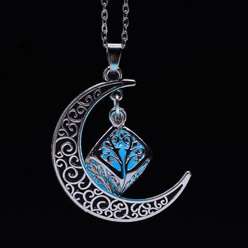 Crescent moon necklace, Glows in the dark, Crescent moon pendant, Best gift for her, Sister gift,sister birthday.