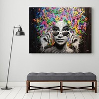 SELFLESSLY Graffiti Art Poster Print Canvas Painting For Living Room Wall Art Beautiful Girl Decoration Paintings No Frame