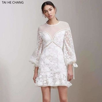 2018 women autumn winter new arrived elegant bodycon formal party lace embroidery lantern sleeve runway white mini dress