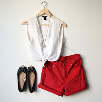 90s Vintage high waisted red jeans short