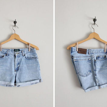 denim shorts / vintage jean shorts