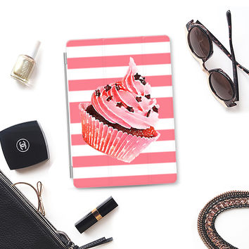 CUPCAKE IN STRIPES - IPAD CASE iPad Air 2 cover by Nika Martinez | Casetify