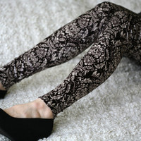 $35.00 Velvet leggings with ornaments by DGstyle on Etsy