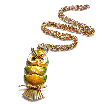 Vintage Enamel Articulated Owl Necklace - Green Yellow Painted - 1970s Style - Bird Pendant - Rope Chain - Gift For Her - Long Necklace